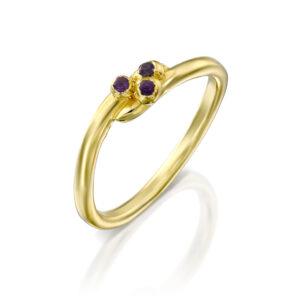 טבעת זהב סיגלית